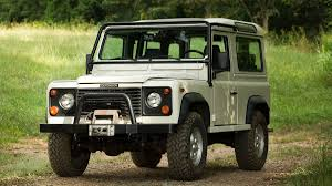 1970 land rover discovery land rover experience center heritage program will let you drive