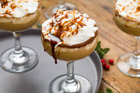 40 easy christmas cocktails best recipes for winter holiday