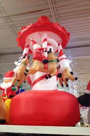 Outdoor Christmas Decorations Inflatables by 44 Best Holiday Inflatables Images On Pinterest Christmas