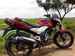 cbr 150 mileage discover 125 st great bike great milage bajaj discover