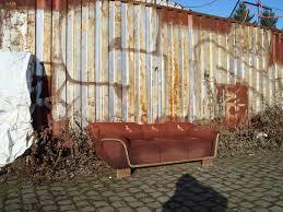 altes sofa altes sofa foto bild stillleben motive bilder auf fotocommunity
