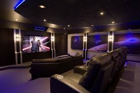 Projector Media Room - captivating media room paint colors ideas themsfly