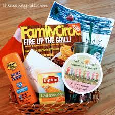 Summer Gift Basket U0027s Out For Summer Teacher Appreciation Gift The Kim Six Fix