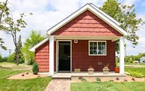 Tiny Homes For Rent Detroit Tiny Home Neighborhood Lets The Homeless Rent To Own