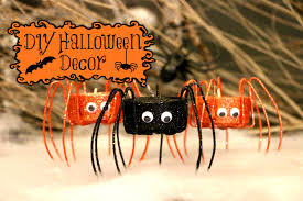 Home Made Halloween Decoration by Spooky Halloween Party Food And Scary Simple Decorations Kids Can