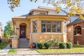 beverly chicago home price trends housing market stats graphs