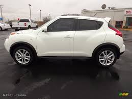 urvan nissan 2015 car picker white nissan juke