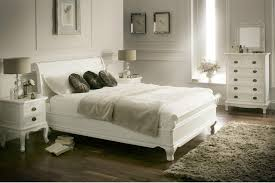 White Wooden Bedroom Furniture Sets by Rustic White Bedroom Furniture Set Relaxing Rustic White Bedroom