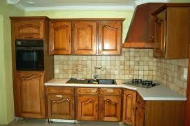 cuisine en chene repeinte vernis meuble cuisine vernis meuble cuisine peindre meuble en chene