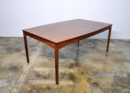 select modern jens risom dining room table