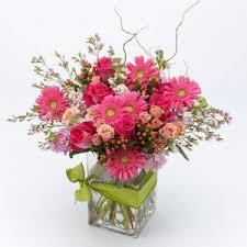 Graduation Flowers Graduation Flowers And Gifts Penticton Bc Florist Gallops Flowers