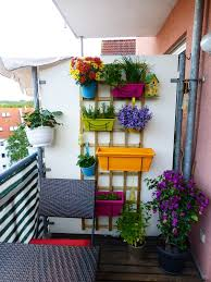 vertical garden ideas for small balcony in tiny apartment home