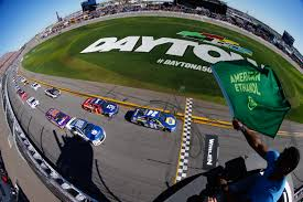 Racing Green Flag L I Daytona 500 Party Tradition To Continue At The Vineyards Golf