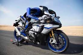 rolls royce motorcycle yamaha to show robot rider at ces that will challenge valentino rossi