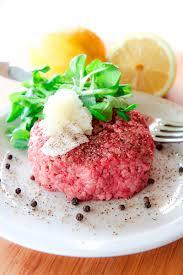 tartare cuisine piedmontese beef steak tartare battuta di manzo piemontese