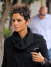 back view of halle berry hair 246 best halle berry images on pinterest hairstyles black and