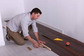 How To Replace A Damaged Piece Of Laminate Flooring The Types Of Vinyl Flooring That You Need To Know Theflooringlady
