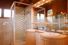 salle de bain chambre d hotes chez claude chambres d hôtes à cordon descriptif
