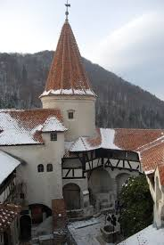 Dracula S Castle Winter At Dracula U0027s Castle In Transylvania Romanian Travelling