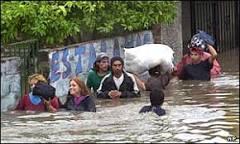 Enchentes matam oito na Argentina | BBC Brasil | BBC World Service