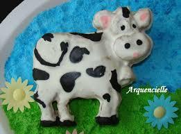 gateau anniversaire animaux gâteau ferme vache et cochon les créations d u0027arquencielle