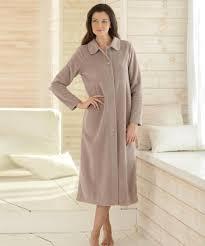 peignoir de chambre femme robe de chambre femme en polaire simple awesome robe de chambre con