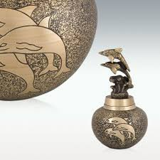 keepsake cremation urns 8 best urns images on cremation urns common dolphin