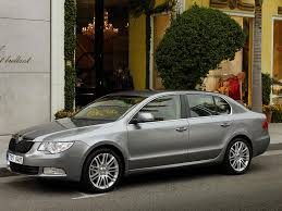 nissan teana interior skoda superb vs nissan teana car comparisons