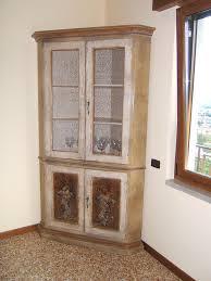 mobile credenza ikea credenza ad angolo ikea avec vetrina laccata angolo cristalliera