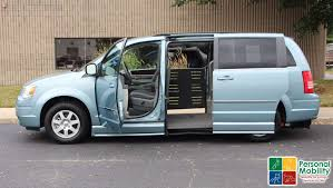 2010 chrysler town and country stock ar309299 wheelchair van