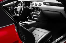 2011 Mustang V6 Interior 2014 Vs 2015 Ford Mustang What U0027s The Difference Autotrader