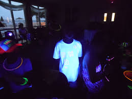 glow in the party gavin s glow in the 10th birthday party three lads and a