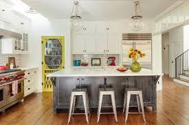 Kitchen Yellow - 49 gorgeous modern farmhouse kitchens