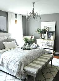 decorating ideas for bedrooms on a budget decorating master bedroom on a budget biggreen club