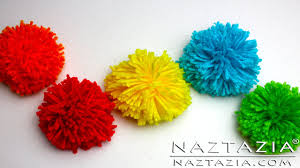 How To Make Decorative Balls Diy Learn How To Make Pom Poms From Yarn Clover Pompom Maker