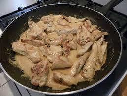 cuisiner blancs de poulet blancs de poulet sauce ciboulette recette très facile recettes