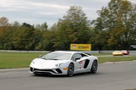 lamborghini aventador track day 2017 lamborghini aventador s track test autoguide com