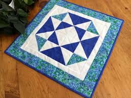 quilted square table toppers 25 best square table toppers wall art images on pinterest square