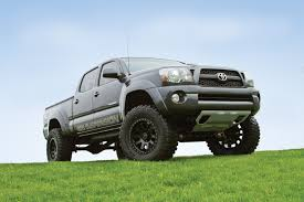 toyota truck lifted press release 117 2005 2012 toyota tacoma 6
