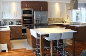mdf cuisine cuisine en mdf laqué et placage de noyer comptoir de quartz