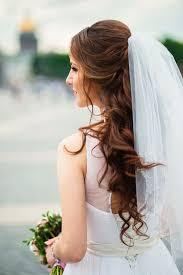 wedding hair veil 12 besten brautkleider mit langem schleier veil weddings and