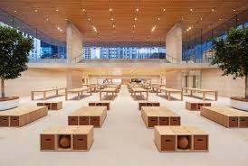 a look inside chicago u0027s new norman foster designed apple flagship