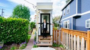 Front To Back Split House Here U0027s The Wackiest Tiny Home You U0027ve Ever Seen