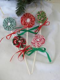 lollipop ornaments from fabric yoyos with fabric yo yos