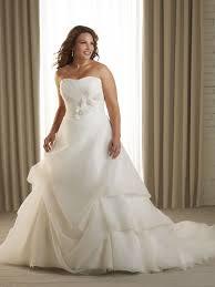 robe mari e grande taille robe de mariée grande taille mode de bal en traîne chapelle col en