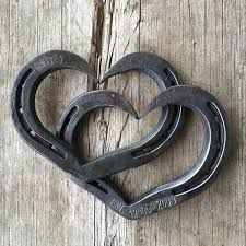 personalized horseshoes personalized interlocking horseshoe hearts for weddings or