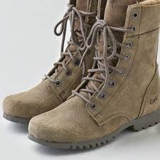 womens caterpillar boots size 9 aeo s cat footwear alexi boot from eagle epic
