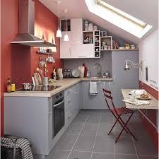 cuisine sous pente cuisine sous pente collection et cuisine sous pente avec meuble