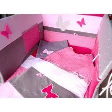 d馗oration papillon chambre fille deco papillon chambre fille papier peint jardin aux papillons idee