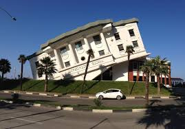 10 most bizarre weird and unusual houses in the world goamok